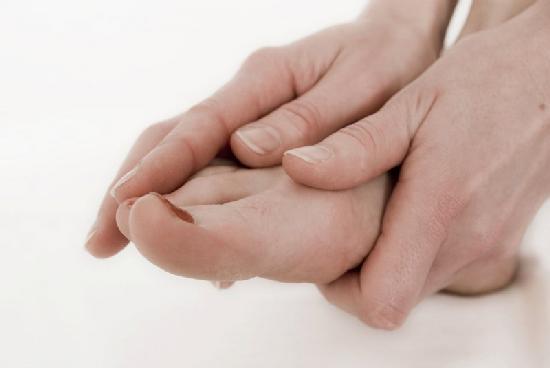 nedorogie-lekarstva-ot-gribka-nogtey
